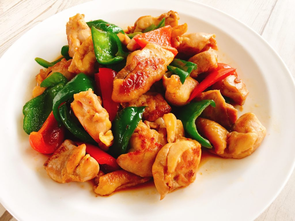 鶏モモ肉とピーマンの中華炒め