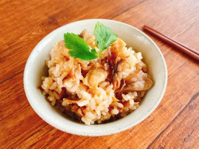 白だしで簡単 鶏肉と舞茸の炊き込みご飯