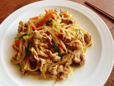 カレー味の野菜炒め