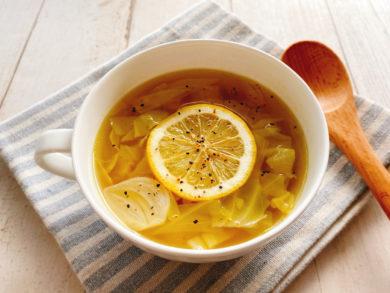 キャベツのレモンスープ
