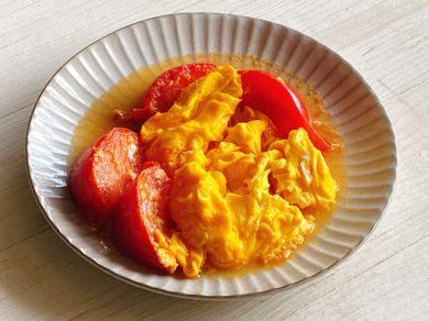 トマトと卵のふわとろ中華炒め