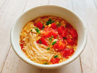 トマトと卵の温かいにゅうめん